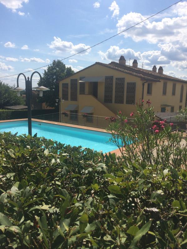 FARMHOUSE SCARAMEA 1, holiday rental in Montecarlo