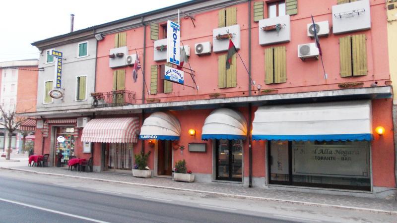 hotel alla nogara camera 112, vacation rental in Quistello