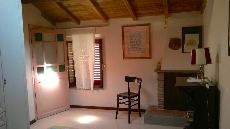 MINERVA DOMUS B&B - Camera Notturno, vacation rental in Cori