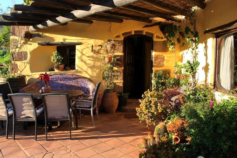 Casa Feliz - Finca mit Pool, Meerblick, Garten, holiday rental in La Asomada