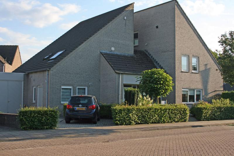 Bed en Breakfast VanAgt, vacation rental in Vlijmen