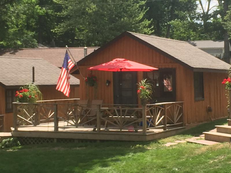 Clear Lake Resort Cabin 5, holiday rental in Mio