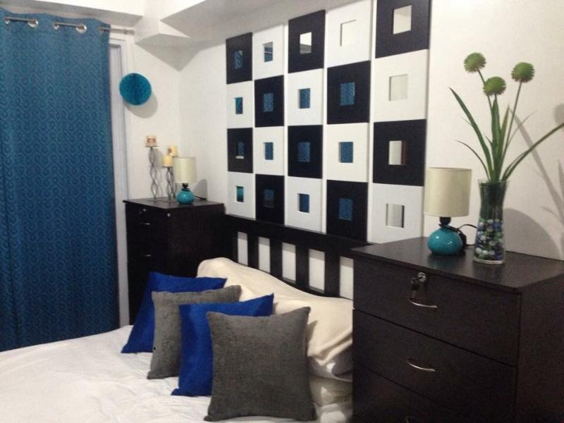 Condo By the Mall GREAT CONVENIENCE!, holiday rental in San Juan