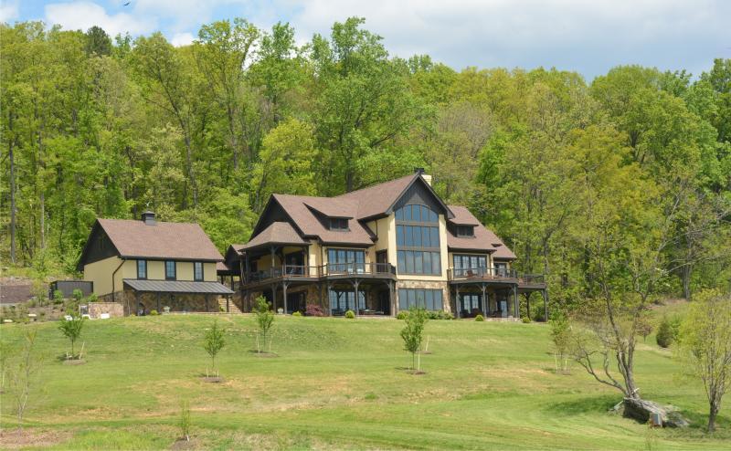 Maren Estate (Mountain Estate 20 min to UVA), alquiler vacacional en Staunton