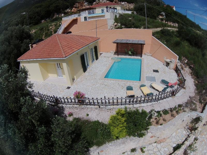 Villa Midas, location de vacances à Atheras