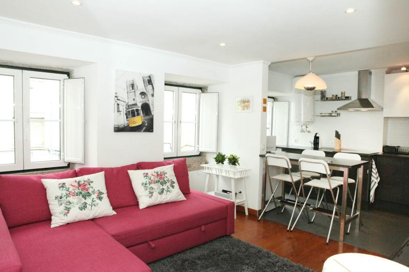 PS Lisbon Flats II - Av. Liberdade / Mq. Pombal - Lovely & Central, vacation rental in Lisbon