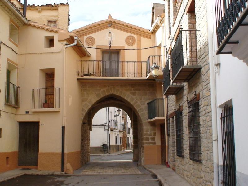 Apartamento Monguio en La Puebla de Valverde, holiday rental in Rubielos de Mora
