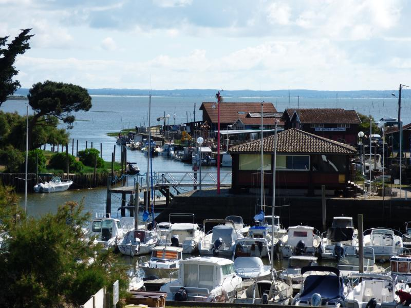 view from the balcony on the beautiful port of Cassy Lanton and the Arcachon basin !!!!