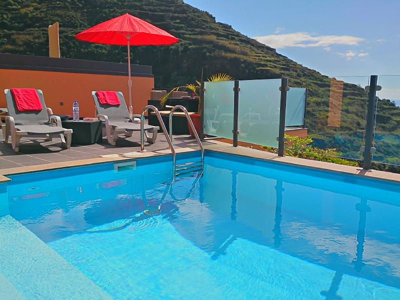 Gouveia House 25593/ AL, vacation rental in Calheta