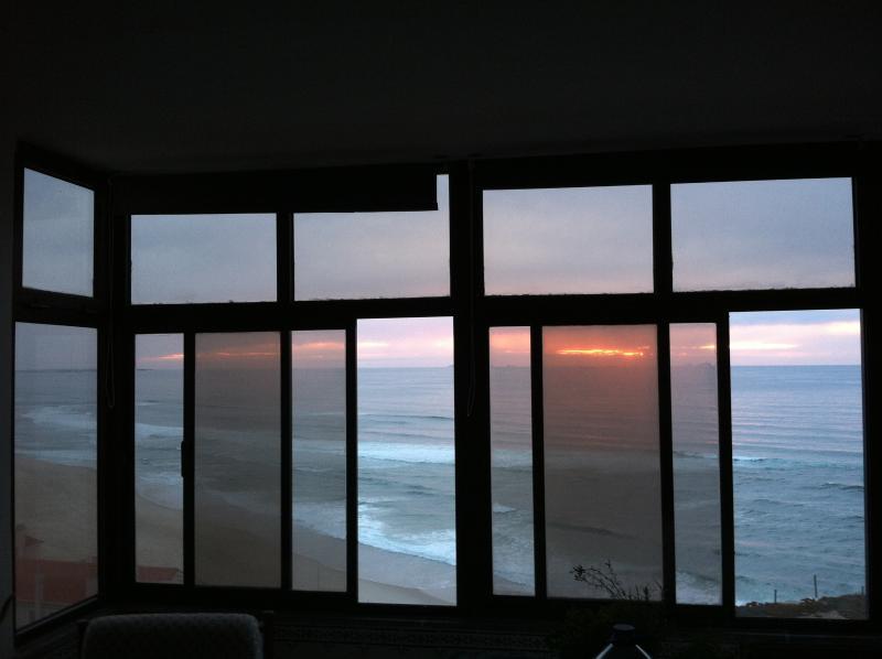 Panorama - 2-bedroom beachfront, location de vacances à Foz Arelho