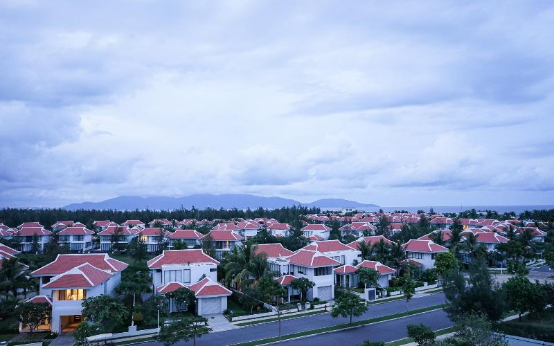 Left view from balcony northward to Danang