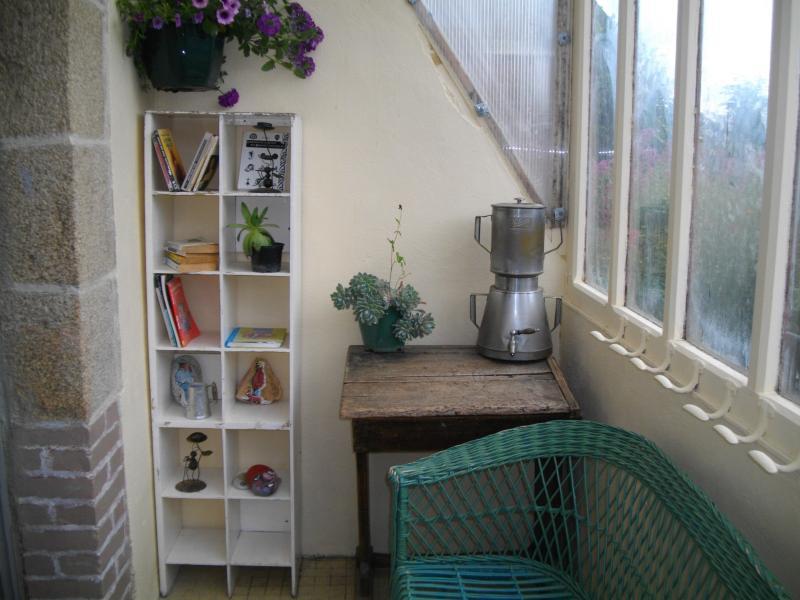 appartement et jardinet à 6 km de la mer, alquiler de vacaciones en Langoat