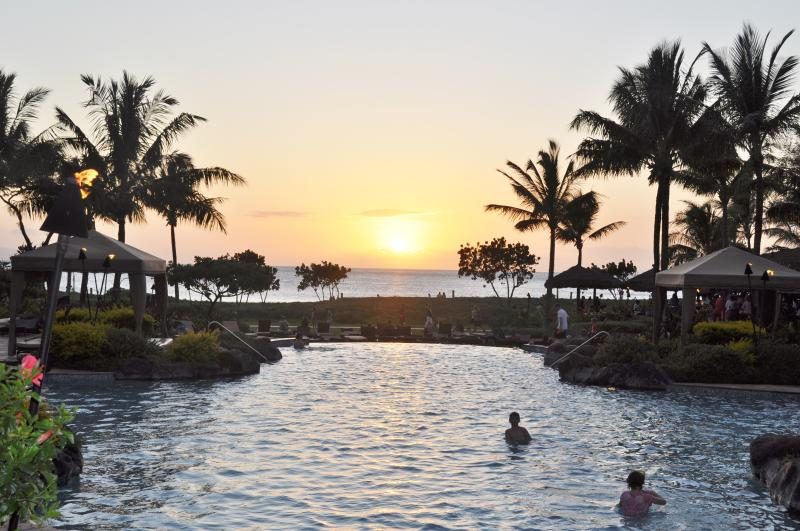Infinity Pool close to sunset!