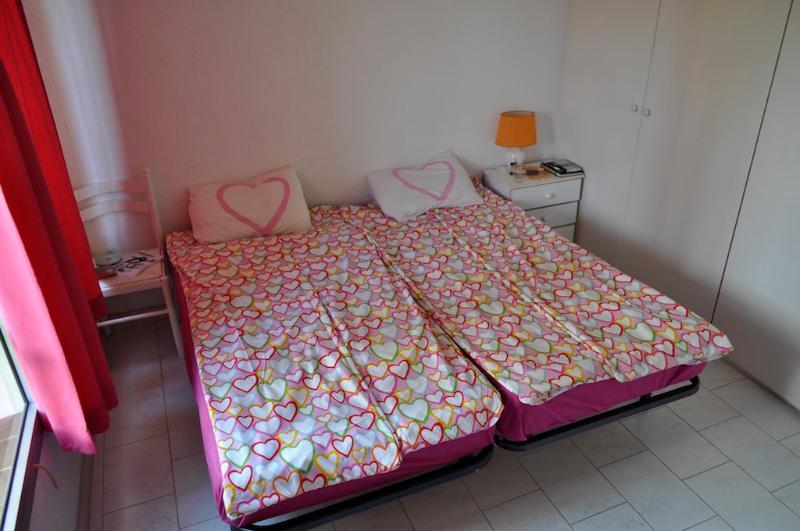-Bett-Zimmer