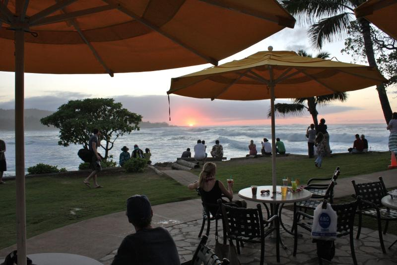 'Hang Ten' Pool Bar at Hotel for Amazing Sunsets and Free Nightly Entertainment