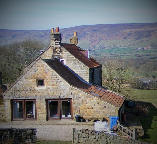 Farmhouse Kitchen Yorkshire Tv Dvd: Bank House Farm Hostel