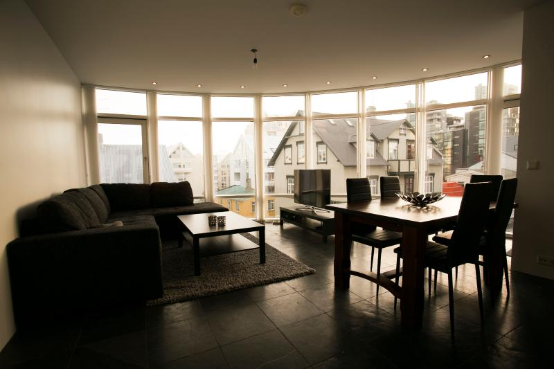 Loft Apartments - City Center, vacation rental in Reykjavik