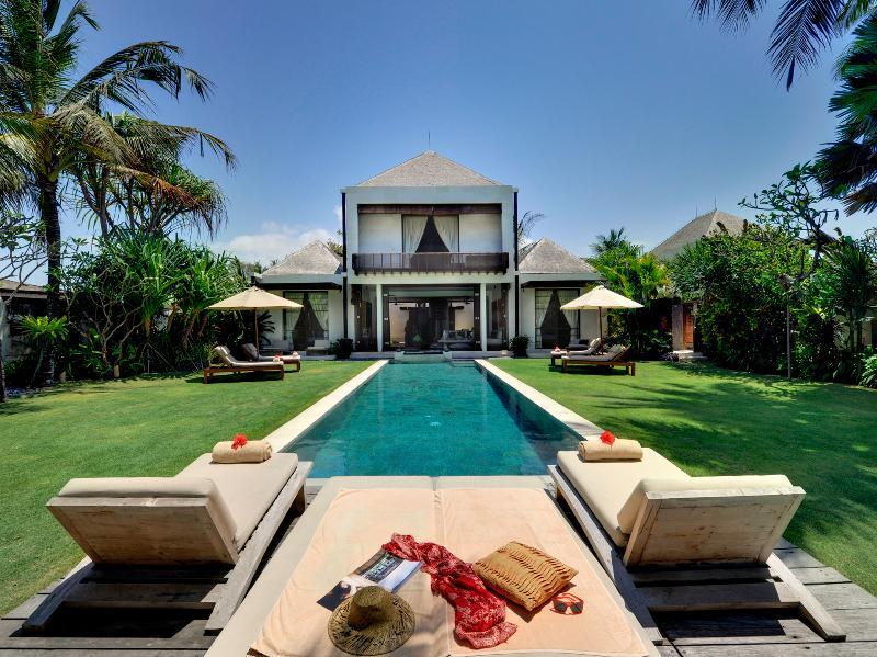Majapahit Villas - Villa Maya