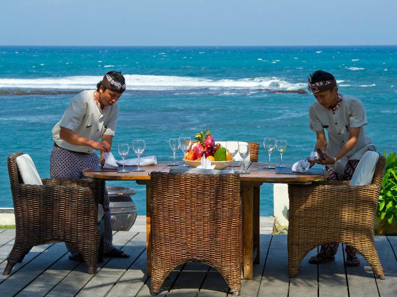 Majapahit Villas - Villa Maya - Comedor al aire libre