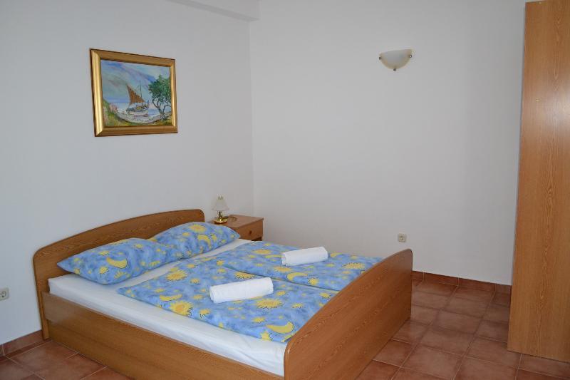 Ankica apartment 2+2 Lokva Rogoznica, location de vacances à Lokva Rogoznica