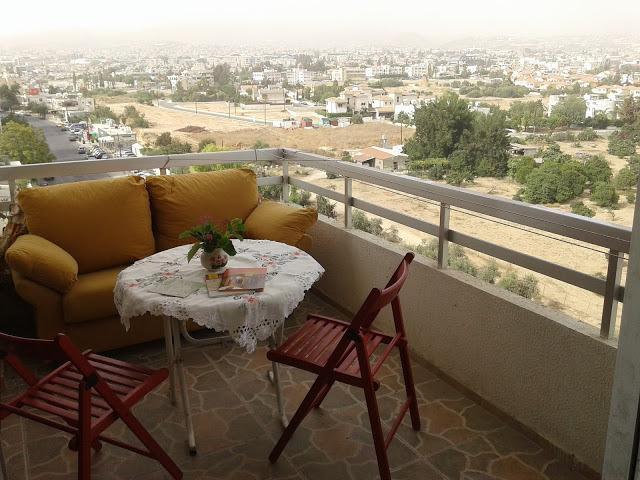 2 bedroom Apt by the beach in Centre of Limassol, alquiler vacacional en Ypsonas