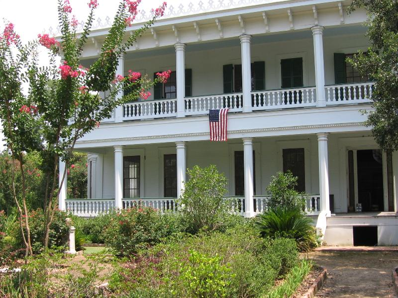White Hall Plantation House and Gardens, vacation rental in Weyanoke