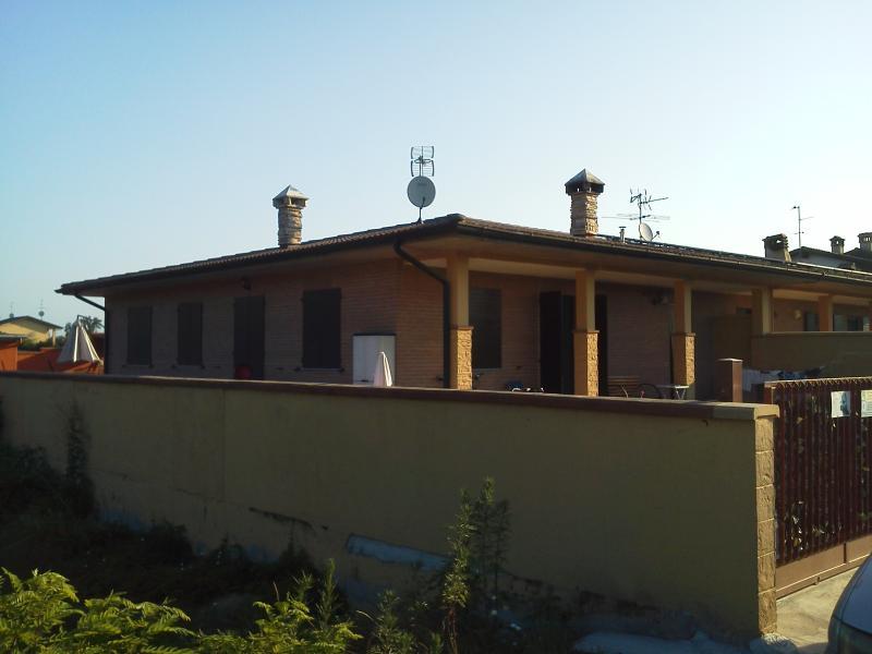 villa con servizio camera indipendente con tv inte, vacation rental in San Martino Siccomario