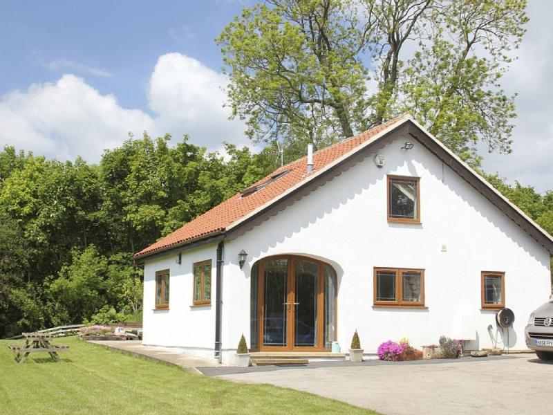Brush and Boot getaway farmstay retreat near Castle Howard, York, holiday rental in Hovingham