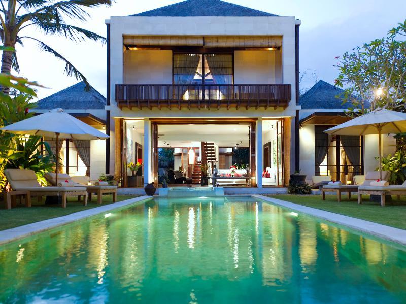 Majapahit Beach Villas - Villa Nataraja - Villa