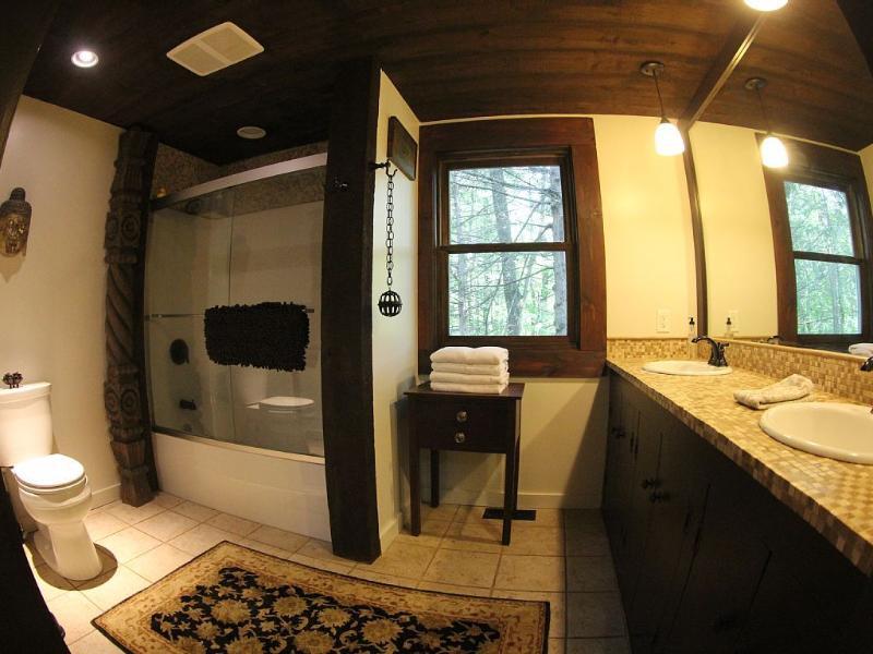 combinado de ducha y bañera de baño primer piso