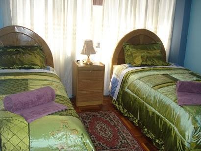 departamento amoblado con cochera en cusco, vacation rental in San Sebastian
