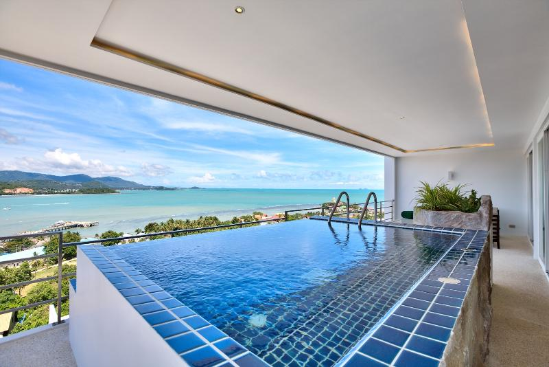 Serene Penthouse - Exclusive 3 bedroom Apartment with arguably the best views across North Samui