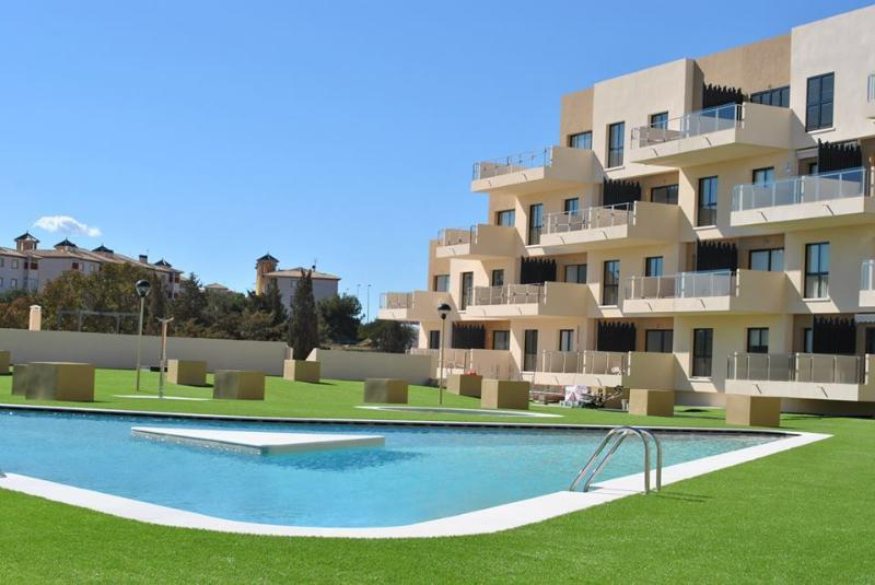 Fabulous family apartment close to beach La Zenia, vacation rental in La Zenia