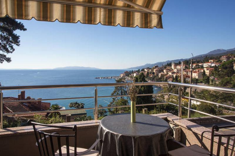 Villa Dinka will fascinate you with a beautiful sea view from the terrace of your room.