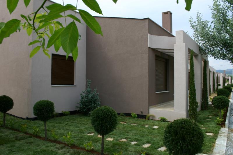 Ferienhaus Nadja, holiday rental in Paralia Ofriniou