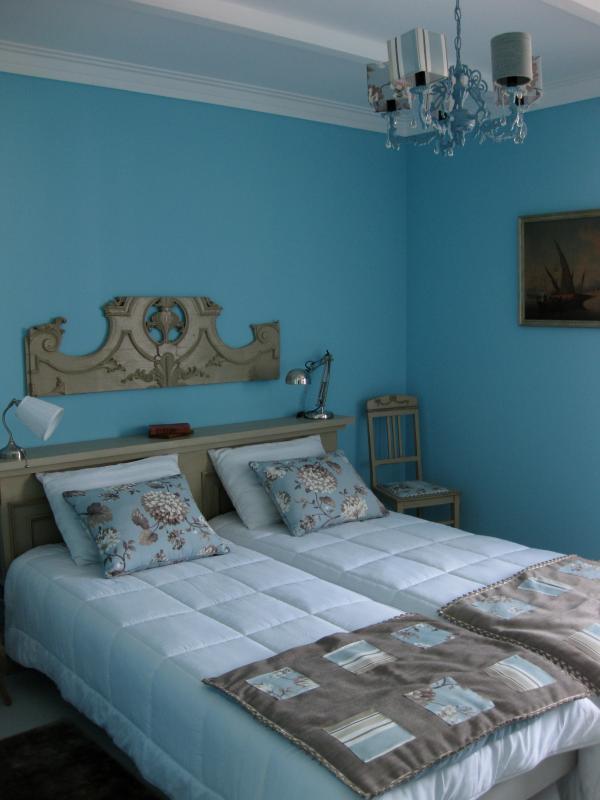 The Beige Bedroom