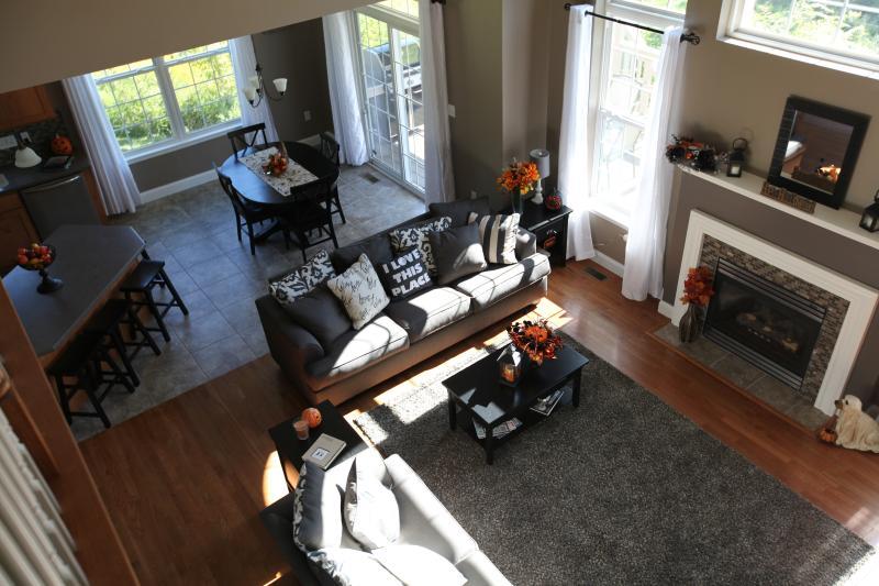 Autumn Family Room