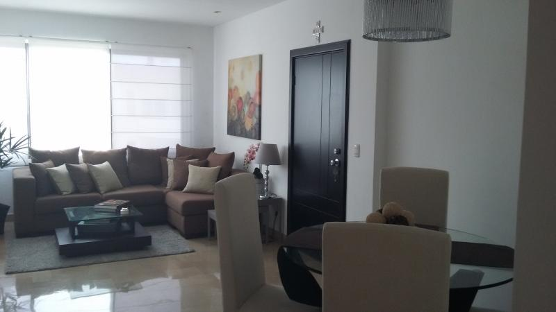 Executive 3 bedroom apartment in Samborondon, holiday rental in Guayas Province