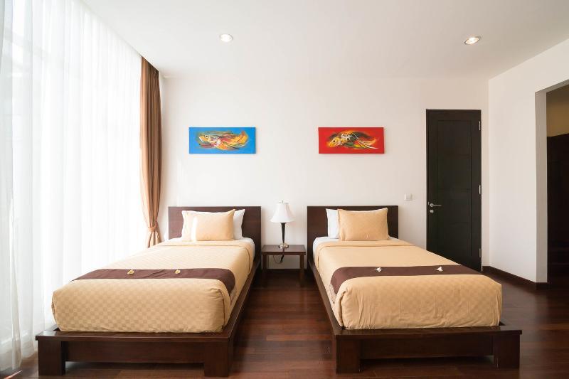 The Twin (Bedroom)