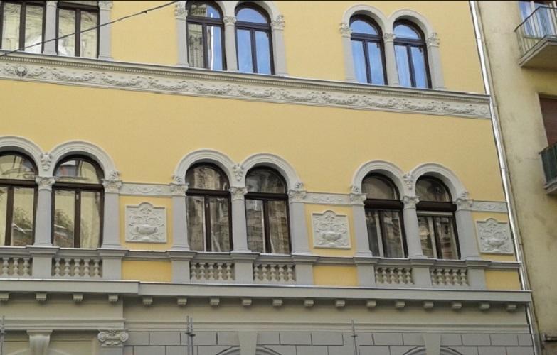 The renovated (summer 2015) main facade.