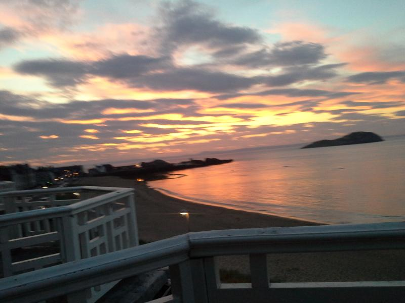 East Sands holiday apartment , seafront, holiday rental in East Lothian