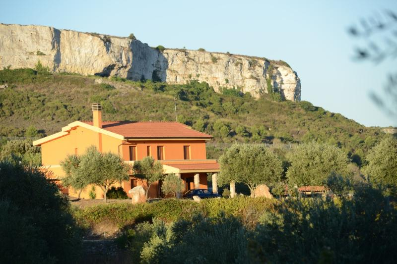 La Grotta delle Fate (Serenella), vacation rental in Codrongianos