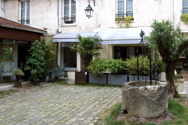 Deux pièces Centre-ville / Château, location de vacances à Versailles