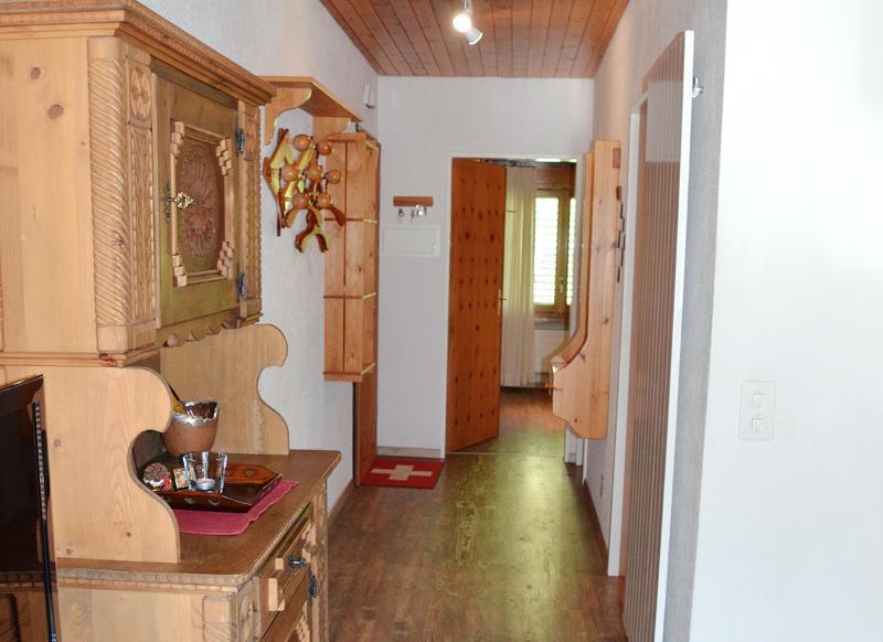 Corridor to the bedroom