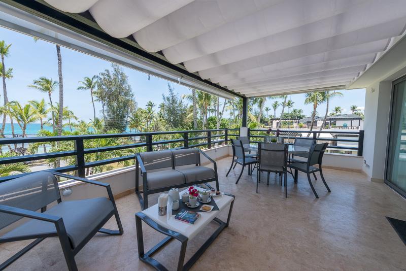 Terrassen med havsutsikt