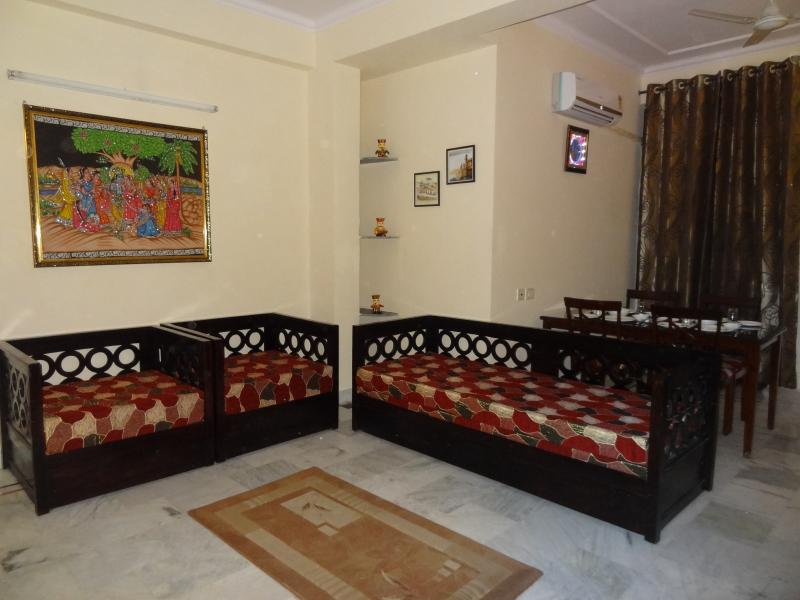 Tulsian Guest House and Serviced Apartment, holiday rental in Jaipur District