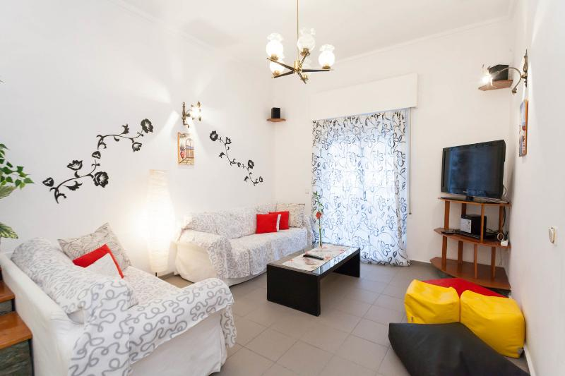 Two Roses: the Blue House, vacation rental in Athens