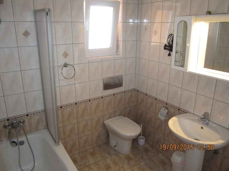 Apartment N°4 bathroom
