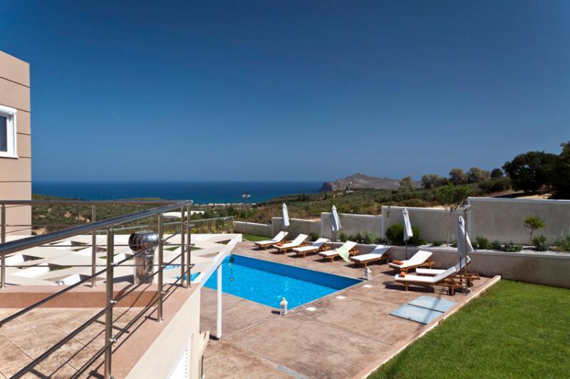 VILLA ARIELLA, location de vacances à Agia Marina
