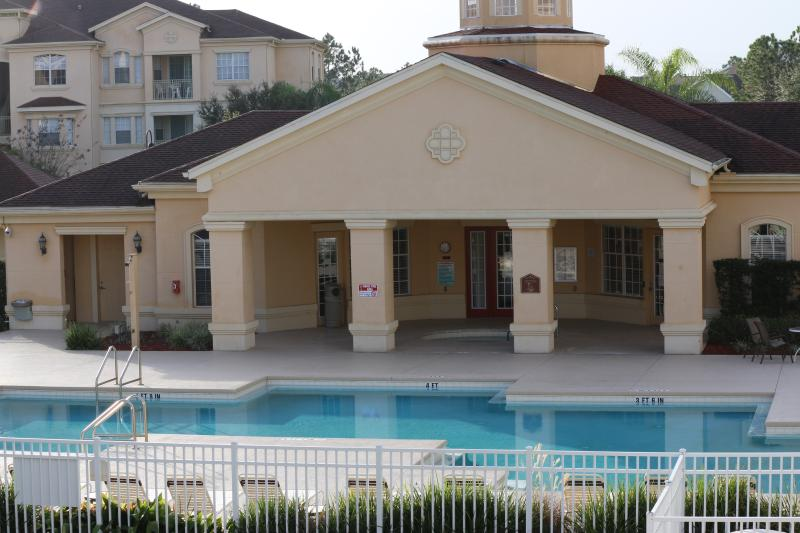 Luxury 4 Bedroom Condo, Terrace Ridge, Davenport., location de vacances à Polk City